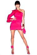 http://supermodels-online.com/models/alessandra/magazine/2013/harp-br-jun/1.htm