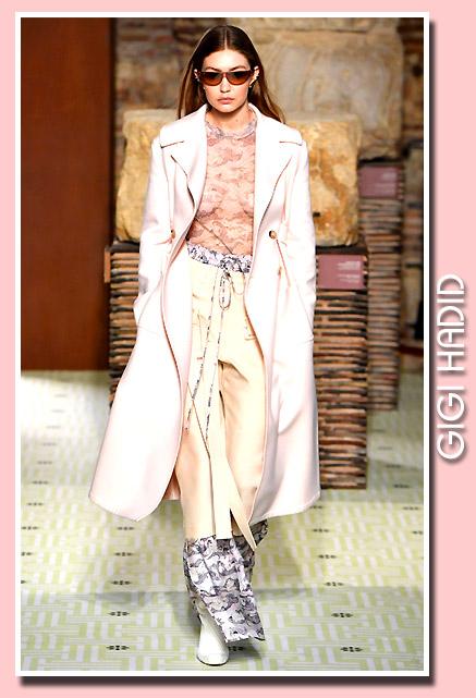 92420894c16 SUPERMODELS-ONLINE.COM   Gigi Hadid - Paris Fashion Week 2019