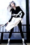 http://supermodels-online.com/models/soo-joo/magazine/2013/vog-kor-jun.htm